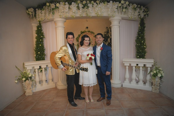 Elvis wedding package in Vegas