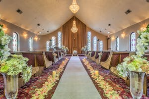 Wedding chapel decor