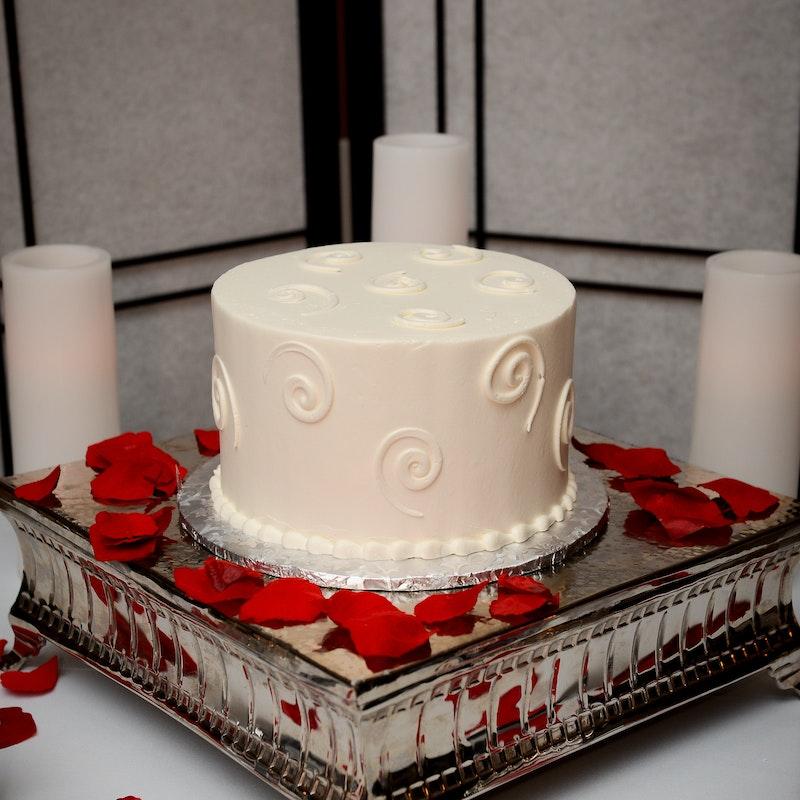 Classic Swirled Wedding Cake