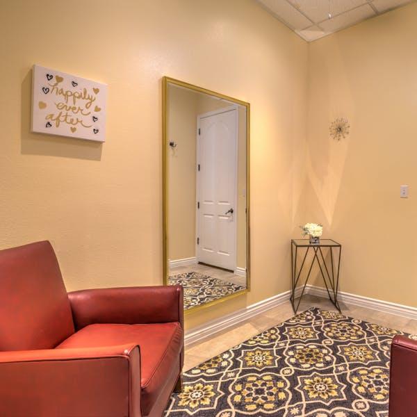 Las Vegas wedding chapel dressing room