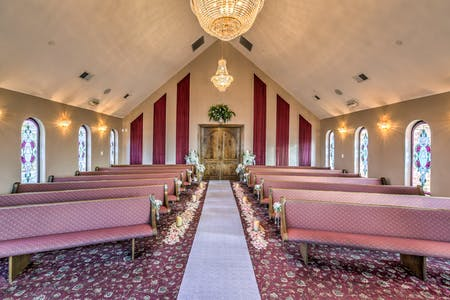 Las vegas wedding chapels vegas weddings the wedding chapel in las vegas junglespirit Images