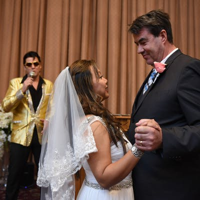 Elvis Sings and Officiates the wedding ceremony