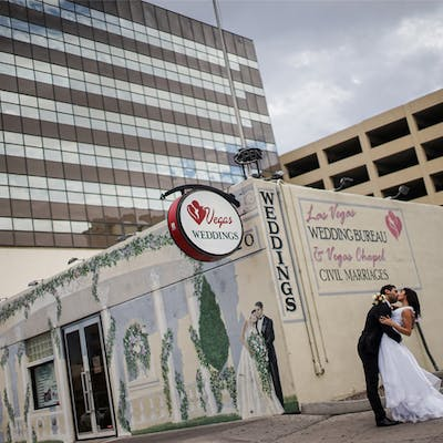 Vegas Weddings Casino Wedding Chapel