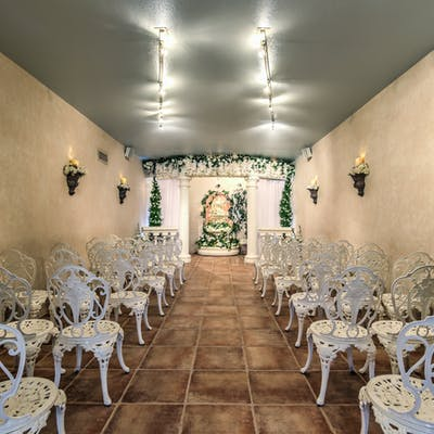 Las vegas wedding venues vegas weddings las vegas wedding venues garden chapel junglespirit Gallery