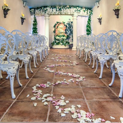 Las Vegas Wedding Venues - Garden Chapel