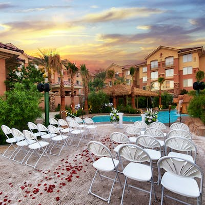 Las vegas wedding venues vegas weddings outdoor wedding venues junglespirit Image collections