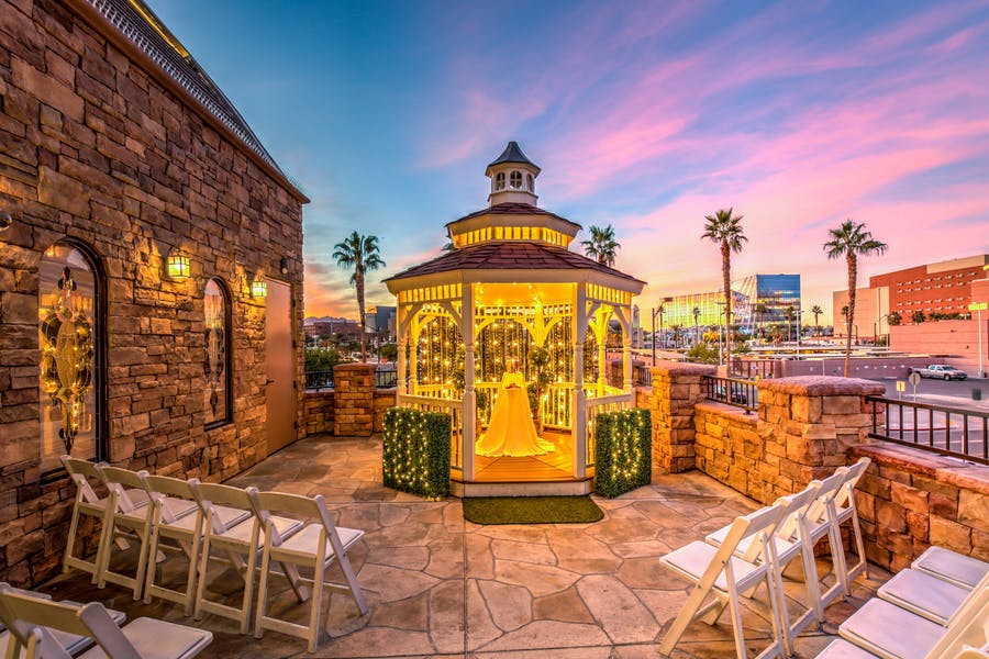 Outdoor wedding chapel in las vegas vegas weddings the terrace wedding venue at sunset junglespirit Gallery