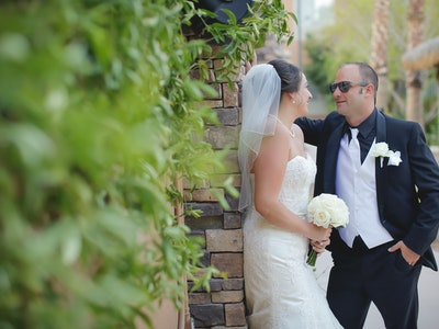 Destination wedding outdoors in Vegas