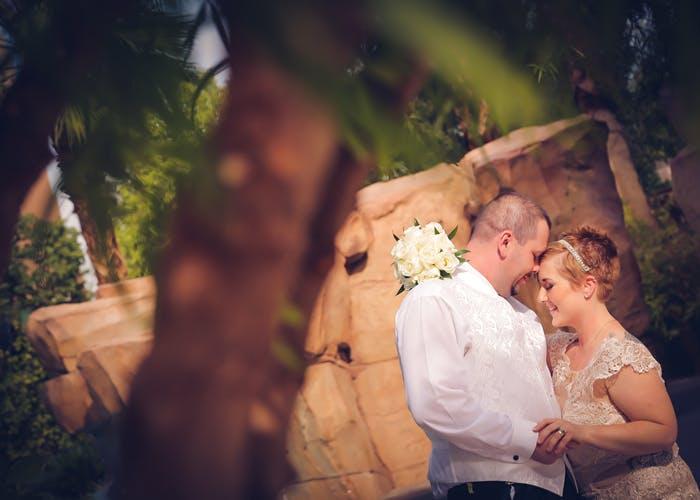 Outdoor Hawaiian Vow Renewal Vegas Weddings
