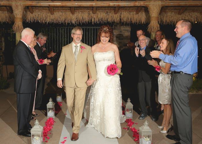 Renewal weddings in vegas vegas weddings for 702 weddings las vegas