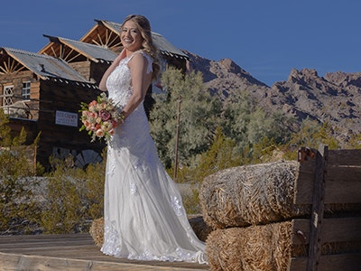 Rustic outdoor wedding near Vegas